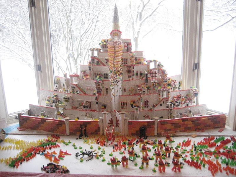 minas-tirith-gingerbread-house